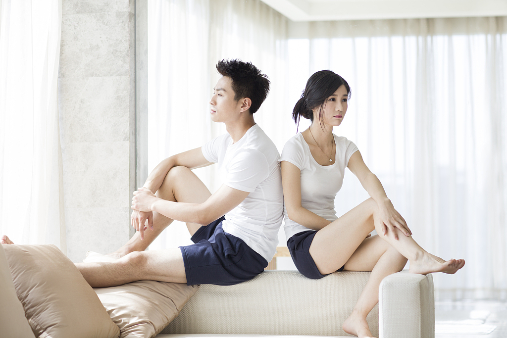 离婚了前夫对自己不理不睬怎么办?如何制定挽回策略?
