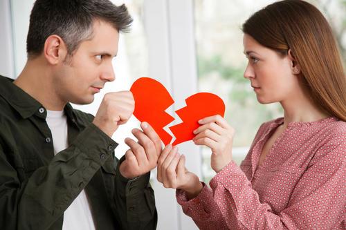 老婆总是提出离婚怎么办?女人提离婚有必要当真吗?