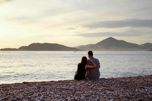 谈恋爱怎样了解一个人?