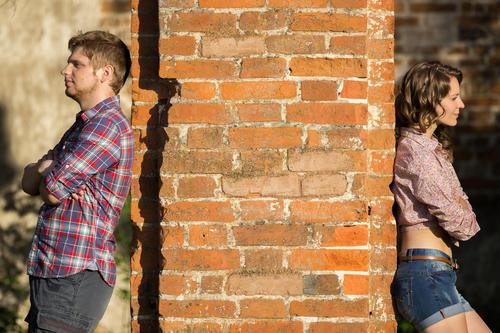 男生亲吻女生要注意什么?如何亲吻一个女生?